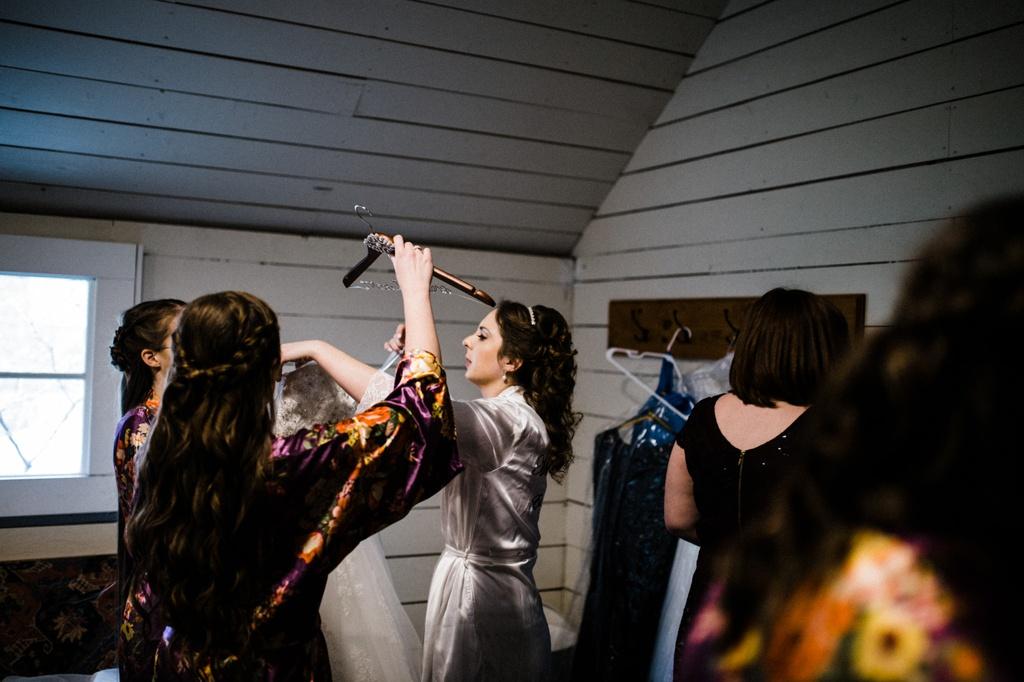 julia kinnunen photography, wedding photography, bride and groom, red barn studios, rustic wedding
