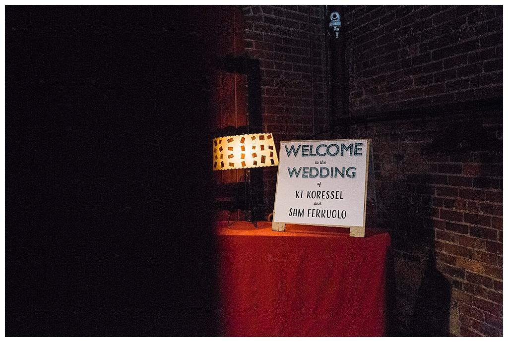 julia kinnunen photography, georgetown ballroom, urban wedding, seattle wedding, wedding photography, ceremony, vows